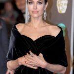 Подпишись! Анджелина Джоли завела Instagram | StarHit.ru