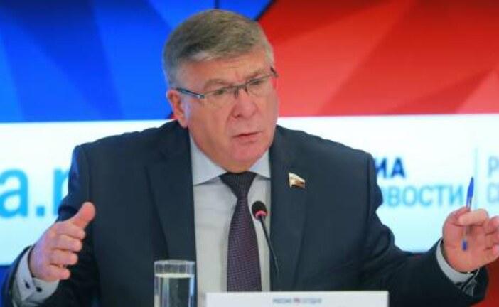Сенатор Рязанский: нужно не увеличивать рабочую неделю, а повышать уровень доходов россиян